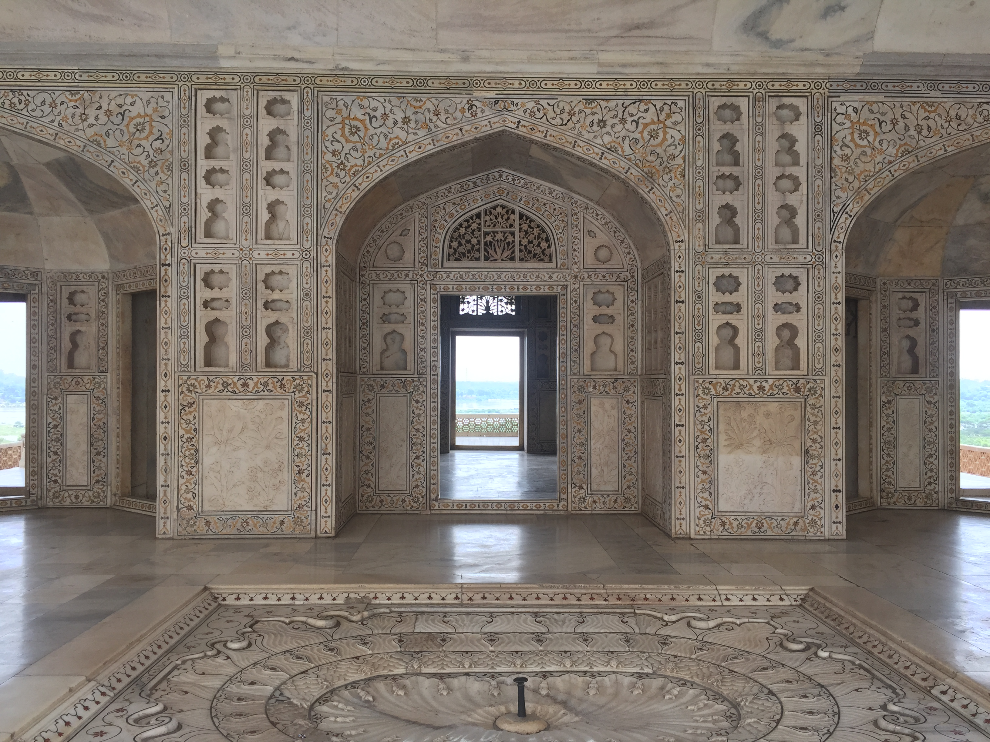 Agra Fort interiors